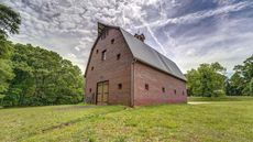 Barndominiums Across America! 10 Properties That You Can Buy Right Now